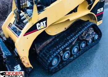 Гусеничный мини погрузчик Caterpillar 257B